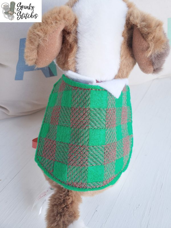 Elf Pet Plaid Blanket in the hoop embroidery file by spunky stitches