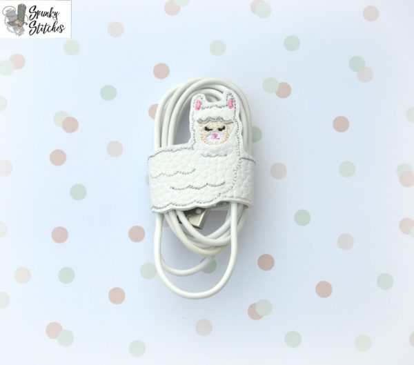 llama cord wrap in the hoop embroidery file by Spunky stitches